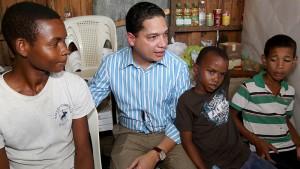 Huerfanitos reciben solidaridad gubernamental
