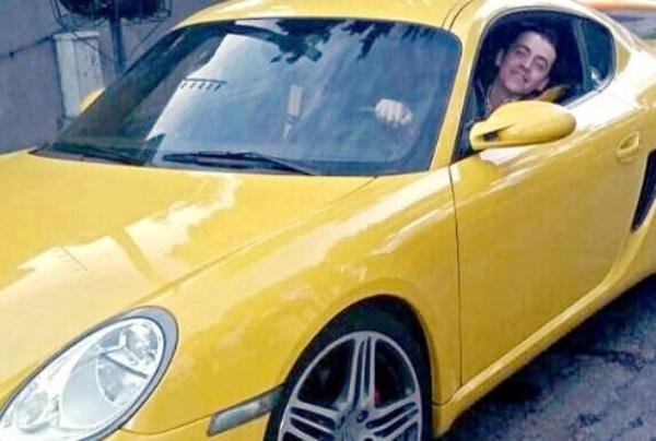 Regala auto de lujo