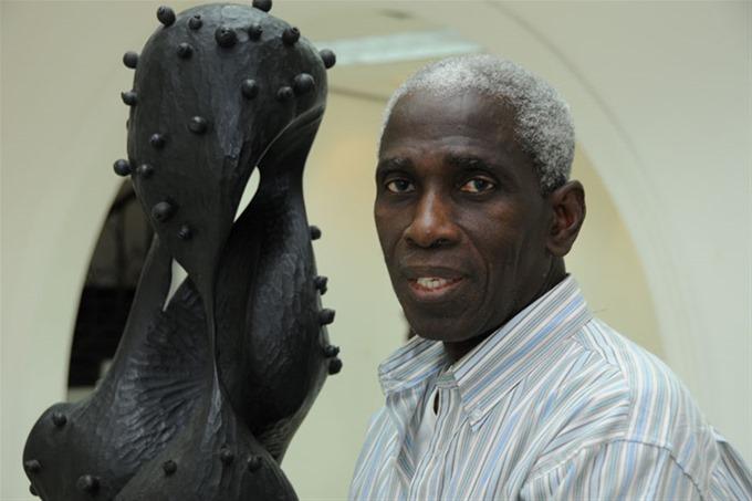 Escultor Freddie Cabral