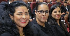 Laura Acosta en la Asamblea nacional