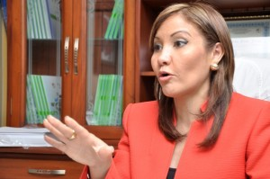 El pais.Dr. Mirna E.Font- Frias Directorora del Centro de Gastroenterologia.Hoy/Pablo Matos 20-01-2014