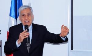 Consultor Luis Tenorio