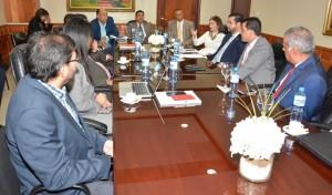 Senadores se reúnen con empresarios y represetnantes OP