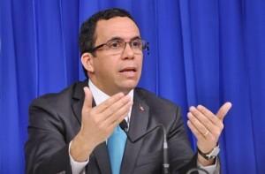 Andrés Navarro afirma internet