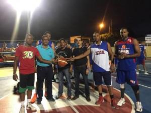 ACDPP Y Ferretería Frank Felipe ganan