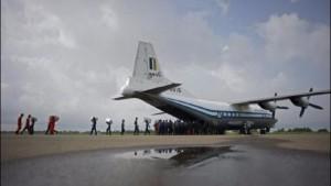 Cae avión en Birmania