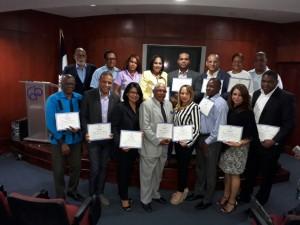 Convergencia recibe certificados ganador