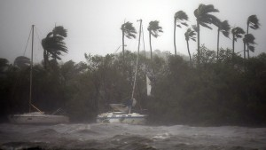 Irma embiste Florida