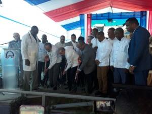 Medina deja iniciado trabajos construcción hopsital de Neyba