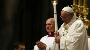 Papa pide a los cristianos que no callen y generen caminos de dignidad