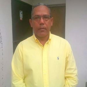 José Radhamés La Hoz, dirigente comunitario Los Alcarrizos