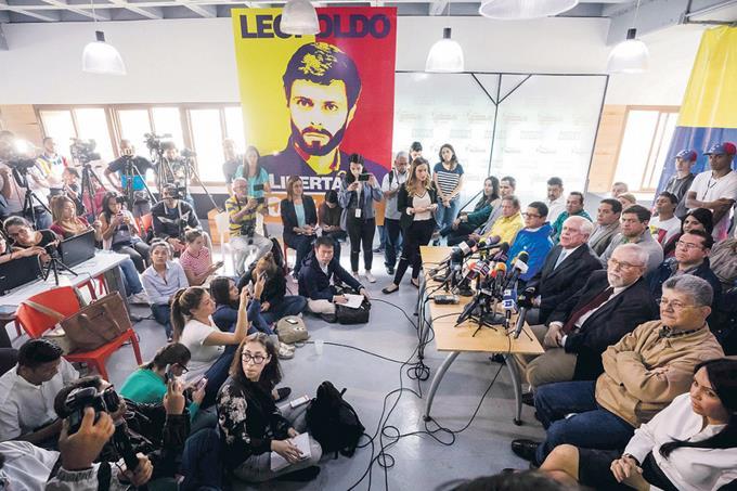 Rechazan reelección de Maduro