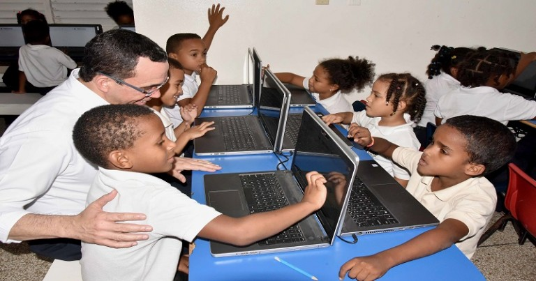 Educación apoyará escuela hogar en La Romana