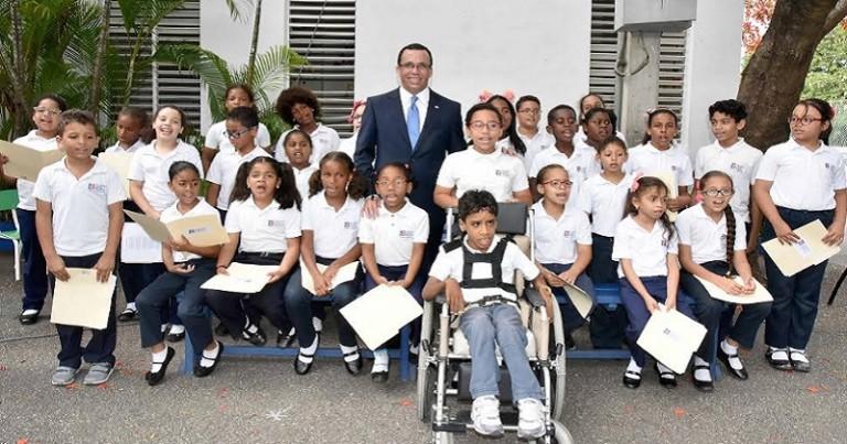 Navarro incorporará 15 colegios cristianos