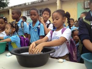 Quieren prevenir enfermedades en escuelas
