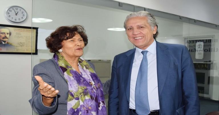 Defensor del Pueblo recibe senador de España