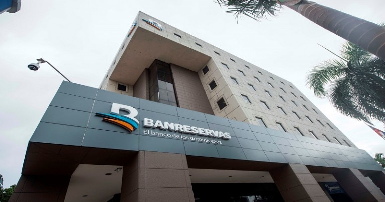 Fachada Torre Banco de Reservas