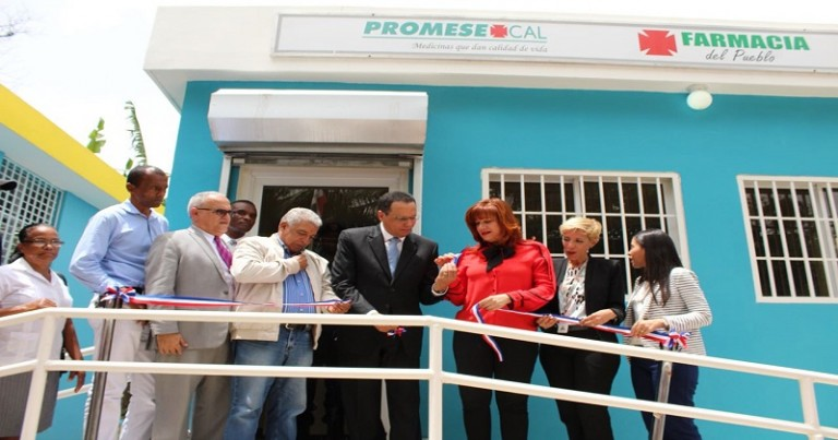 Promese abre farmacia en Vicentillo, El Seibo