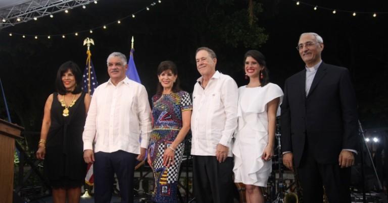 Festejan llegada de embajadora EEUU Robin Bernstein