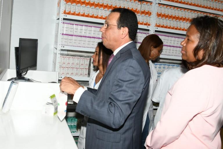 Promese abre una farmacia en Veragua