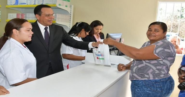 Premese abre dos nuevas farmacias en provincia Duarte