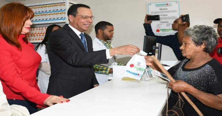 Promese inaugura cuarta farmacias en El Seibo