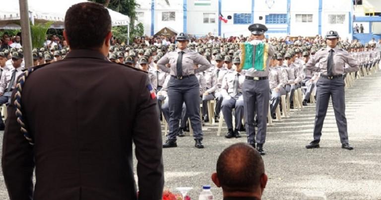 PN gradúa 785 nuevos agentes