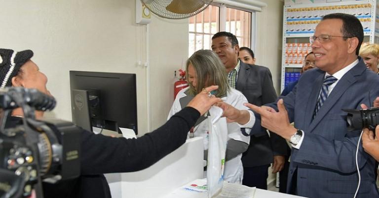 Promese abre farmacica 534 en Constanza