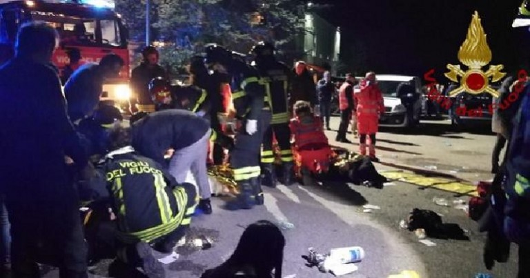 Seis muertos en estampida club en Italia