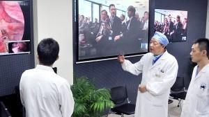 China realiza con éxito la primera cirugía cerebral a distancia