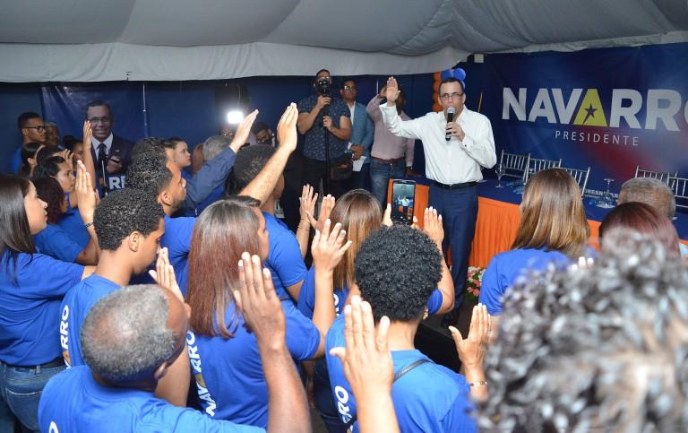 Navarro juramenta movimiento en SDE