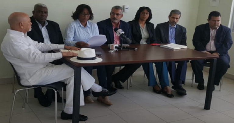 Regidores SDE denuncian corrupción
