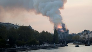 Incendio en la catedral Notre Dame de París