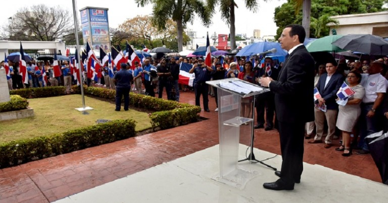 Peña Mirabal llama a inculcar valores