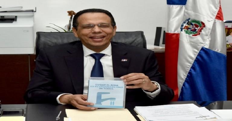 Peña Mirabal llama a racionalizar consumo agua