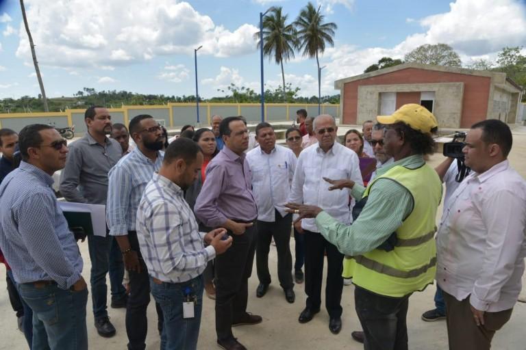 Peña Mirabal ordena agilisar trabajo escuelas