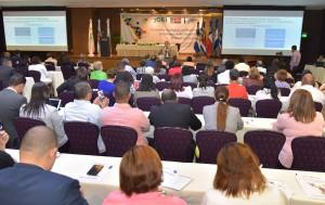 Educación elebora programa para elevar competencias
