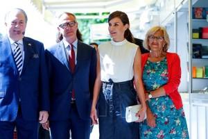 La reina Letizia inaugura la Feria del Libro de Madrid