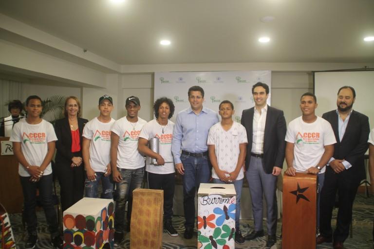 Lanzan proyecto para rescatar 200 jóvenes de las calles