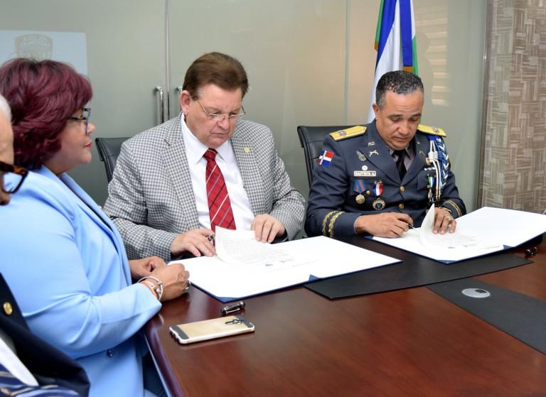 Acuerdo IDSS y la Policía