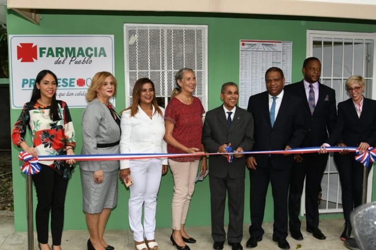 Promese inaura una farmacia en el Centro Olímpico