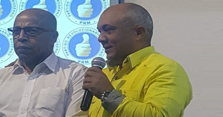 Pacheco apoya a Ogando