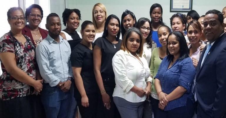 Designan 32 nuevos empleados hospital Santo Socorro