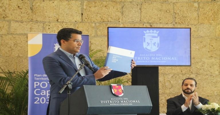 Collado presenta Plan Ordenamiento Territorial DN