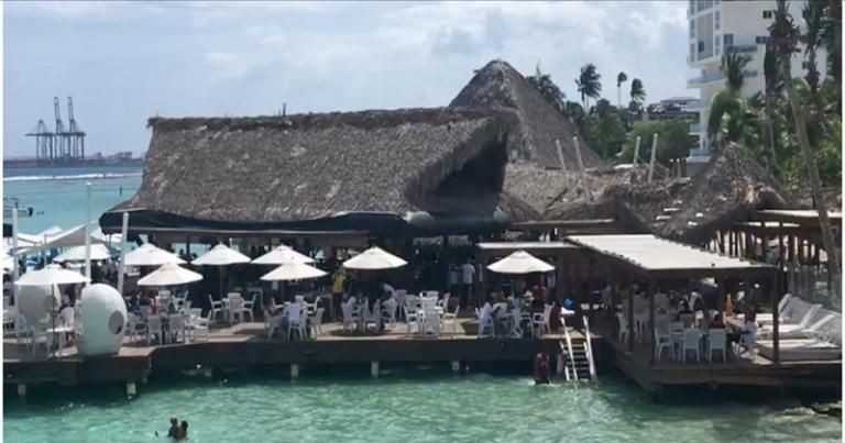 Restarant El Pelicano en Boca Chica, RD