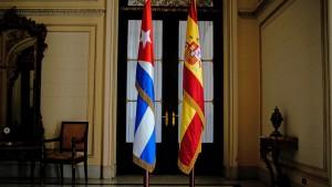 la bandera cubana y la española