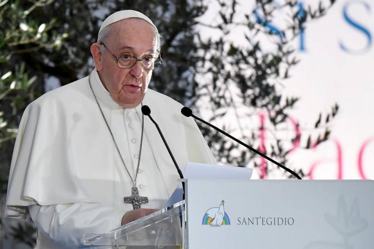 El papa Francisco reza por Venezuela