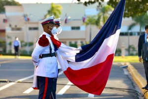 Izamiento de la Bandera