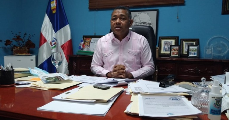 Alcalde de Boca Chica, Fermín Brito